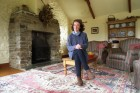 Nicky Reed at her and husband Tim's award winning farm conversion near Lostwithiel. 9/4/96. Ref 168/18.