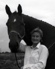 Finalist at the Horse of the year show Marcus with Susan Sanderson of Pensilva. 12/10/89. Ref163/14.